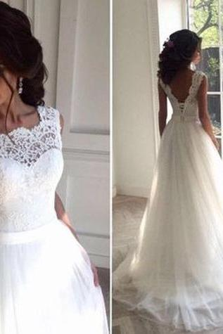 White Wedding Dresses Sleeveless Wedding Dresses Scalloped-Edge Wedding Dresses Applique Wedding Dresses