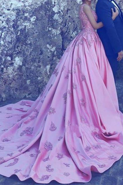 Embroideried Ball Gown Satin Prom Dresses 2017